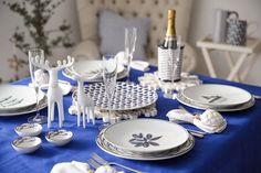 Jersey Pottery Sardine Run, Seaflower & Helice Navy ceramics, perfect for your Christmas table setting #JerseyPottery #ceramics #pottery #Christmas #fish #tablesetting