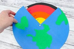 Interactive Earth Science Activity: Layers of the Earth Tutorial - finished paper earth layers interactive activity for science Arrival Earth Science Projects, Earth Science Activities, Interactive Activities, Science For Kids, Science Diy, Social Science Project, Science Penguin, Science Party, Earth Layers Model