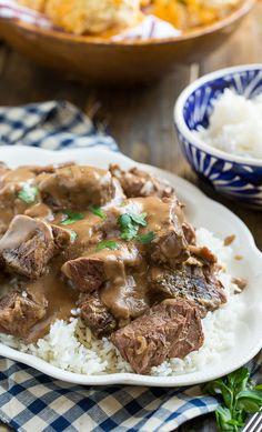 Crock Pot Beef Tips and Gravy