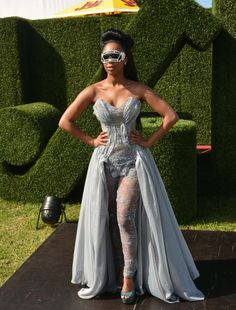 Minnie Dlamini is well known in her home country South Africa as a stylish woman. She always slays when it comes to red carpet events and why wouldn't Red Carpet Event, Prom Dresses, Formal Dresses, Woman Crush, Makeup Trends, Makeup Looks, Crushes, Celebs, Stylish