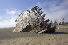 Pesuta Shipwreck, Haida Gwaii, BC, Canada