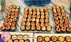 Canapés o aperitivos variados - Appetizers Snack table