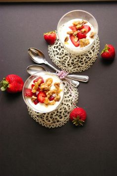 Creamy Vanilla Bean Pudding with Balsamic Macerated Strawberries and Candied Walnuts
