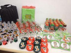 Kit personalizado dos nossos pequenos Patrick e Ana Clara. Tema Chaves e Chiquinha, tem mistura de adesivos e scrapbook ♥