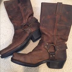 Frye Boots These preworn Frye boots are so comfy and so easy to throw on over jeans or wear alone with a dress. Size 8.5! Frye Shoes