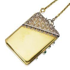 Gold Platinum Diamond and Emerald Vanity Case French ca. Antique Vanity, Vintage Vanity, Antique Jewelry, Vintage Jewelry, Jewelry Accessories, Fashion Accessories, Lipstick Case, International Jewelry, Vintage Purses