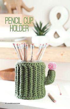 Ravelry: Pencil Cup Holder pattern by Amy Gaines Cactus En Crochet, Crochet Diy, Crochet Home, Crochet Gifts, Crochet Flowers, Quick Crochet, Diy Flowers, Diy Laine, Pencil Cup Holder