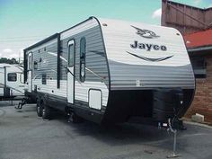 2016 New Jayco Jay Flight 28RLS TT Travel Trailer in Georgia GA.Recreational Vehicle, rv, 2016 Jayco Jay Flight 28RLS TT, Jay Flight fulfills every familys camping wishlist. With an impressive list of standard features, plus an all-new 2016 Elite Package, Jay Flight delivers comfort in every corner. With so many floorplans to choose from, theres certain to be a fit for your family, including kid-friendly bunk rooms, select model exterior kitchens and SuperSlide models.