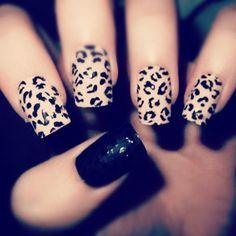 Increíble diseños de uñas en animal print, encuentra más ideas en http://mipagina.1001consejos.com/