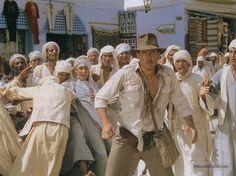 Harrison Ford a 75 ans: Bon anniversaire à Indiana Jones Harrison Ford, Indiana Jones Fedora, Indiana Jones Films, Henry Jones Jr, 1980s Films, George Lucas, Steven Spielberg, Raiders, Celebrity Photos