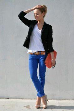 Ficha estas ideas con jeans para ir cómoda y chic a la oficina.