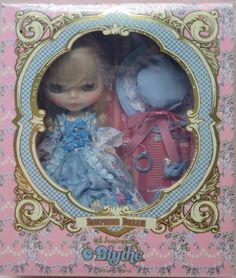 Dauphine Dream Blythe