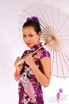 Book your next Chinese performance with the Divas at info@divadiverse.com