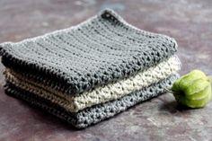 Sy lynlås i en taske eller pung, Guide til isyning af lynlås og foer Sewing Patterns Free, Free Sewing, Sewing Tutorials, Crochet Patterns, Diy Hair Scrunchies, How To Make Scrunchies, Free Crochet, Knit Crochet, Create Kids Couture