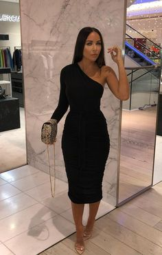 Fashion dresses 815784919986069626 - Black One Shoulder Ruched Slinky Midi Dress – Savannah Source by soretvero Night Outfits, Classy Outfits, Dress Outfits, Fashion Dresses, Cute Outfits, Dressy Winter Outfits, Dinner Party Outfits, Fashion 2018, Elegant Dresses