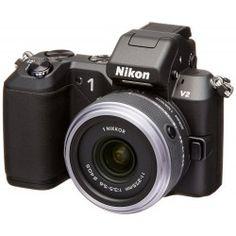 Aparat cyfrowy Nikon 1 v2 + obiektyw 11-27.5mm Czarny  NI1001  Zaawansowany technologicznie cyfrowy aparat fotograficzny w zestawie z kompaktowym obiektywem 11-27.5mm Matryca CMOS o rozdzielczości 14,2MP i bardzo szybkim autofokusem   With 14.2 effective megapixels, a super-high-speed AF CMOS sensor and an ISO range of 160-6400 you will capture all your beautiful moments perfectly!  The Nikon 1 v2 digital camera possesses superior features