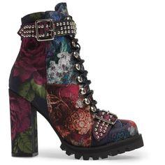 Designer Clothes, Shoes & Bags for Women Unique Shoes, Cute Shoes, Me Too Shoes, Sneakers Fashion, Fashion Shoes, Kawaii Shoes, Velvet Ankle Boots, Boho Boots, Aesthetic Shoes