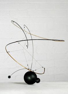 """Mobile sculptures, structures of balance and fragile suspensión; the mathematics and poetry of bamboo."" Artwork by Laurent ""Lo"". Mobiles, Modern Art, Contemporary Art, Mobile Sculpture, Mobile Art, Kinetic Art, Structure Metal, Wire Art, Abstract Sculpture"