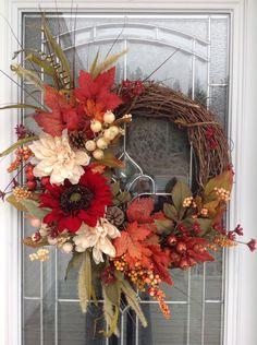 Thanksgiving Wreaths, Autumn Wreaths, Thanksgiving Decorations, Holiday Wreaths, Ideas Geniales, Autumn Crafts, Fall Decor, Flower Arrangements, Creations