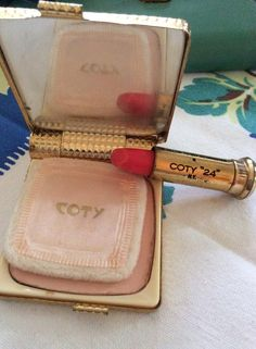 Vintage 1950s Compact Gold Tone Powder Lipstick By Coty French Flair Honey Beige by TimelessTreasuresVCB on Etsy