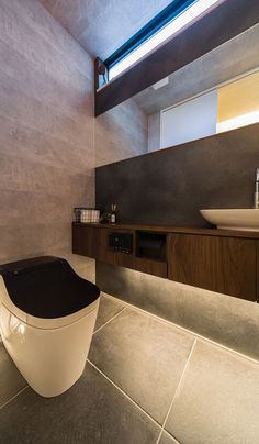Modern Toilet, Hotel Room Design, Toilet Room, Toilet Design, Bathroom Toilets, Japanese House, Contemporary Architecture, Powder Room, Home Projects