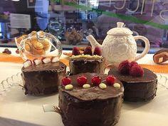 Una mini torta per una maxi coccola  #happymoment #yummy #sodelicious #veganpower #vegetarian #vegan #vegano #veganbaking #veganfoodporn #vegansweets #patisserie #chiavari #liguria