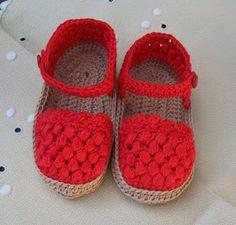 "SANDALIAS TIPO ""ALPARGATA"" DE BEBÉ DE PRIMERA POSTURA DE HILO, COLOR ROJO, TEJIDAS EN GANCHILLO MI TIENDA EN ARTESANUM ... Baby Shoes Pattern, Crochet Baby Sandals, Cute Baby Shoes, Booties Crochet, Baby Girl Crochet, Crochet Baby Shoes, Crochet Baby Clothes, Crochet For Kids, Crochet Patron"