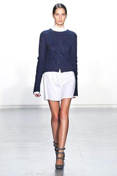 12 cute ideas to remember for fall including this layered sweater