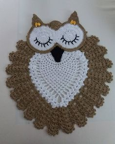 Diy Crochet Owl, Crochet Birds, Crochet Cross, Crochet Pillow, Crochet Home, Crochet Applique Patterns Free, Crochet Animal Patterns, Crochet Motif, Lidia Crochet Tricot