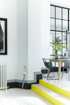 Add An Accent To Stairs - Home Decorating tips & ideas- Bedroom & Living Room (houseandgarden.co.uk)