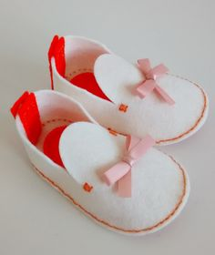 Baby easter gift felt baby shoes baby shoes girl girl easter baby girl baby girl gift baby girl shower baby gift baby girl negle Image collections