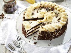 Banánkrémes torta közkívánatra! | Nők Lapja Sweet Recipes, Keto Recipes, Cake Recipes, Hungarian Recipes, Cakes And More, Chocolate Desserts, Cake Cookies, Bakery, Food And Drink
