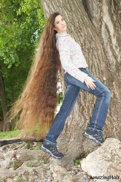 Very Long Hair, Amazing Hair, Bell Bottoms, Bell Bottom Jeans, Cool Hairstyles, Hair Beauty, Long Hair Styles, Fashion, Long Long Hair