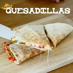 Let's travel to Mexico with our homemade quesadillas recipe ! - Recipe Main Dish : Quesadillas chicken and avocado by PetitChef_Official Crockpot Recipes Mexican, Chicken Quesadillas, How To Make Quesadillas, Chicken Tacos, Good Food, Yummy Food, Ground Turkey Recipes, Wrap Recipes, Healthy Quesadilla Recipes