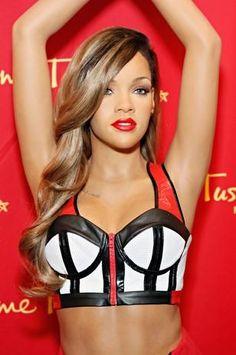 Estrenan figura de Rihanna en el Madame Tussauds de Nueva York
