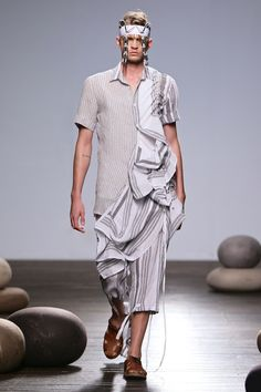 South African Fashion, African Fashion Designers, Africa Fashion, Normcore, Menswear, Spring Summer, Shirt Dress, Mens Fashion, Man