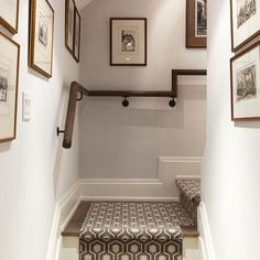 95 Ingenious Stairway Design Ideas for Your Staircase Remodel Carpet Staircase, Staircase Runner, Staircase Remodel, Staircase Makeover, Staircase Railings, Modern Staircase, Staircase Design, Stairways, Spiral Staircases