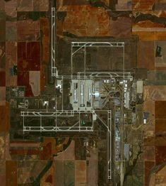 4/11/2016 Denver International Airport Denver, Colorado, USA 39°51′42″N 104°40′23″W   Denver International Airport in Colorado covers more than 33,000 acres (52 square miles), making it is the largest airport in the United States by total land area. The facility is the 18th-busiest airport in the world and the 6th busiest in the United States by passenger traffic with more than 54 million passengers.