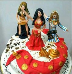 Belly dancers cake for girls' parties :)
