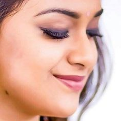 Close Up Faces, Love Couple Photo, Samantha Photos, Indian Photoshoot, Best Photo Background, Beautiful Girl Photo, Beautiful Roses, Images Wallpaper, Face Expressions