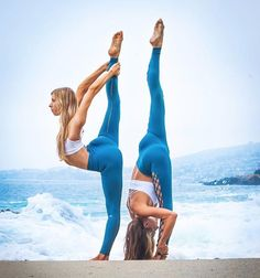Our Interlace Legging and our Dash Leggings are a match made in heaven #aloyoga
