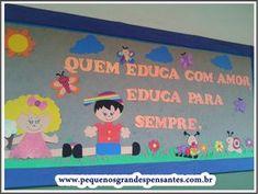 Mural Entrada da Escola Kindergarten Class, Morals, School Projects, Ideas Para, Crafts For Kids, Family Guy, Classroom, Teacher, Frame
