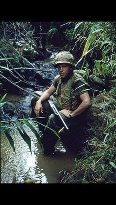 Vietnam War *with a pump action 12 guage shotgun for up-close killing . Vietnam History, Vietnam War Photos, North Vietnam, Vietnam Veterans, American War, American Soldiers, Native American, Military Photos, Military History