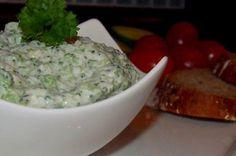 Jednoduchá a chutná pomazánka z brokolice, bílého jogurtu, tvarohu. Ochucená…