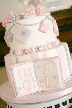 Vintage Book Themed Baby Shower via Kara's Party Ideas KarasPartyIdeas.com The Place For All Things Party! #girlbabyshower #bookparty #babyshowerideas #vintagebabyshower #bookbabyshower (23)