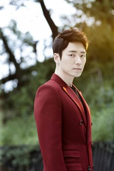 Lee Jun-hyuk nabs leading man role for weekend drama Bluebird's House Joon Hyuk, Lee Joon, Asian Actors, Korean Actors, Asian Fever, Bluebird House, Sexy Asian Men, Poem A Day, Handsome Prince