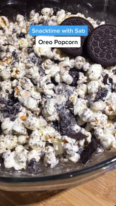 Fun Baking Recipes, Sweet Recipes, Snack Recipes, Cooking Recipes, Yummy Recipes, Popcorn Recipes, Popcorn Toppings, Easy Snacks, Food Cravings