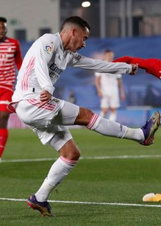 Lucas Vazquez, Equipe Real Madrid, Running, Sports, Hs Sports, Keep Running, Why I Run, Sport