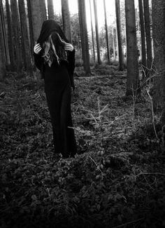 Solitary Witch Priestess Forest Earth Magick Ritual Witchcraft