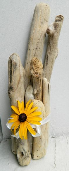 Driftwood Feng Shui Graduated Bundle   This gives me an idea of a use for the semi decayed sticks used to splint my broken leg in the rain forest. I have kept them with a mind to making a token.